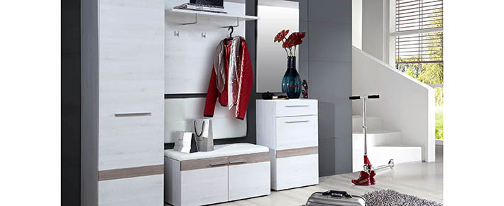 garderobe alesco garderobenprogramme flur diele wohnbereiche roller m belhaus. Black Bedroom Furniture Sets. Home Design Ideas