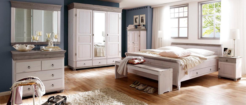 Schlafzimmer im Landhausstil ➜ günstig bei ROLLER