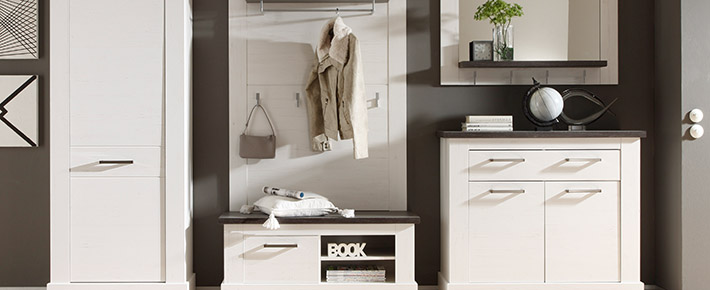 Garderobe montreal garderobenprogramme flur diele for Garderobe zumba