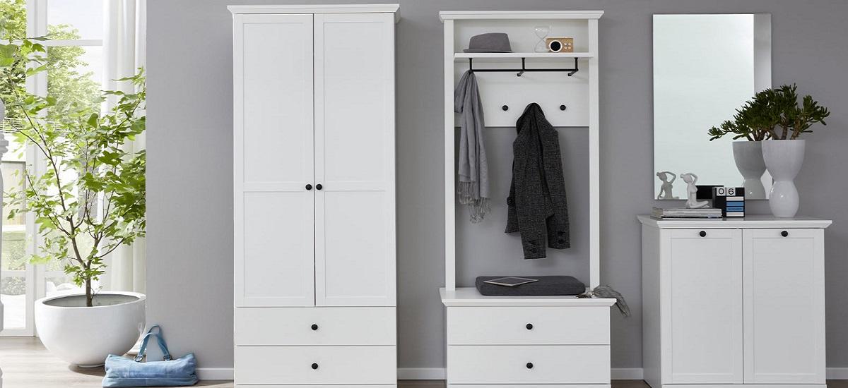 Garderobenschrank